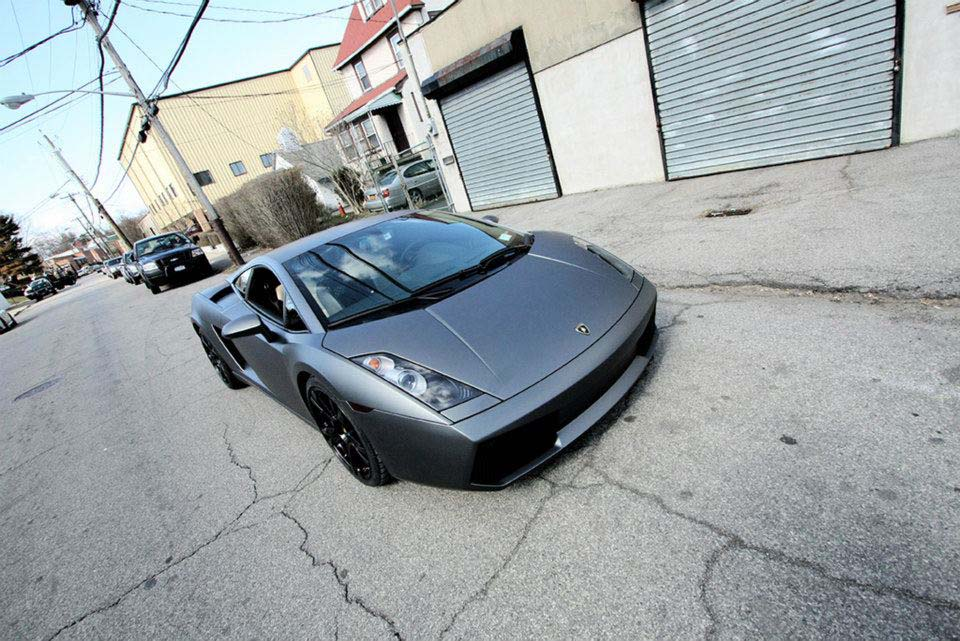 It's a car fit for a king: The Lamborghini Gallardo. One of the top goalies in the NHL, Henrik knows how to treat himself and has a history of splashing out on high-end sports cars. Before the Gallardo, one of his previous vehicles was a Maserati Quattroporte.
