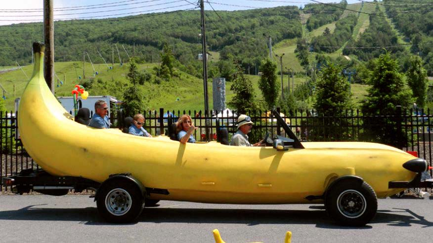 Okay, this isn't a food truck, it's just a banana car. Awesome, right? It started life as a <a href=