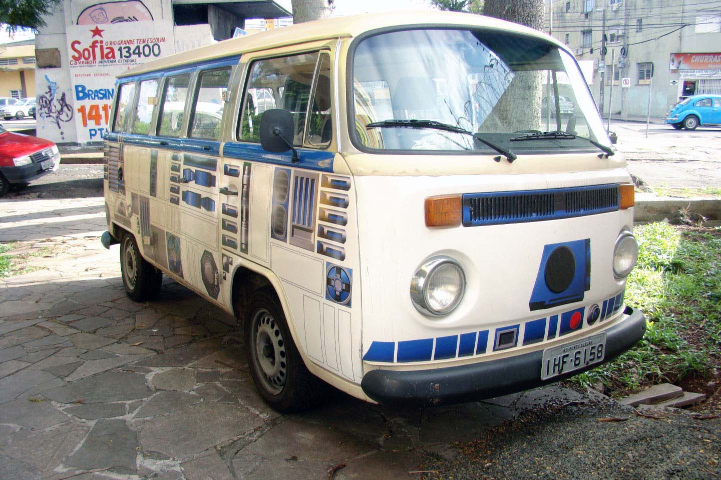The Volkswagen Bus is a ubiquitous piece of the automotive landscape, especially in Brazil, where the vehicle stayed in production for many years past its Canadian expiration date. This R2D2-themed version of the VW Bus takes advantage of its oval-like shape and simple lines to highlight the droid's blue details. A work in progress, the impressive detail was accomplished with a three-foot wide vinyl wrap.