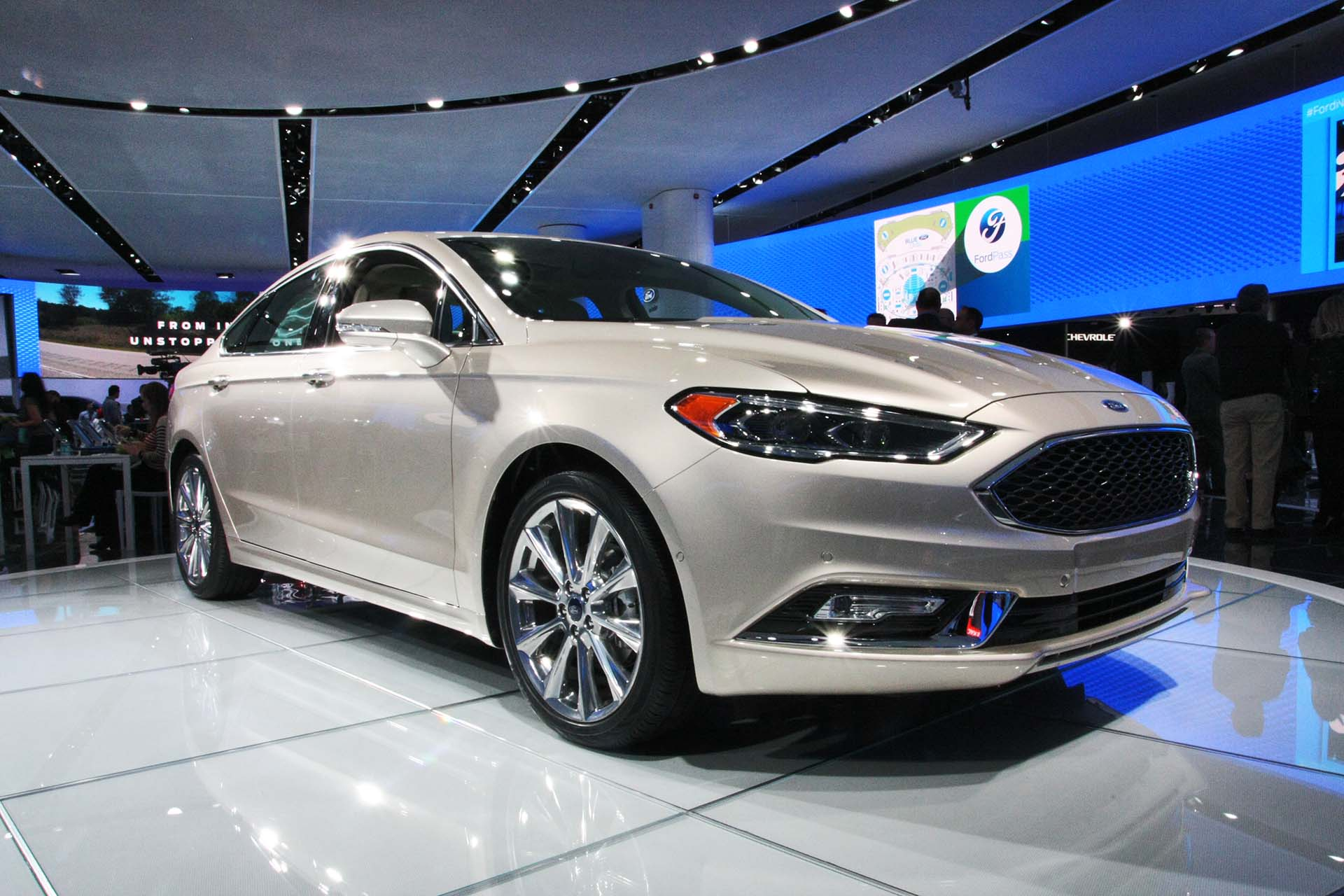 If you're looking for confidence and a hybrid powertrain, however, you'll find a worthy contender on our own shores with the 2017 Ford Fusion. Buyers will have their pick of four-cylinder and V6 EcoBoost engines, with Hybrid and Energi versions also available.