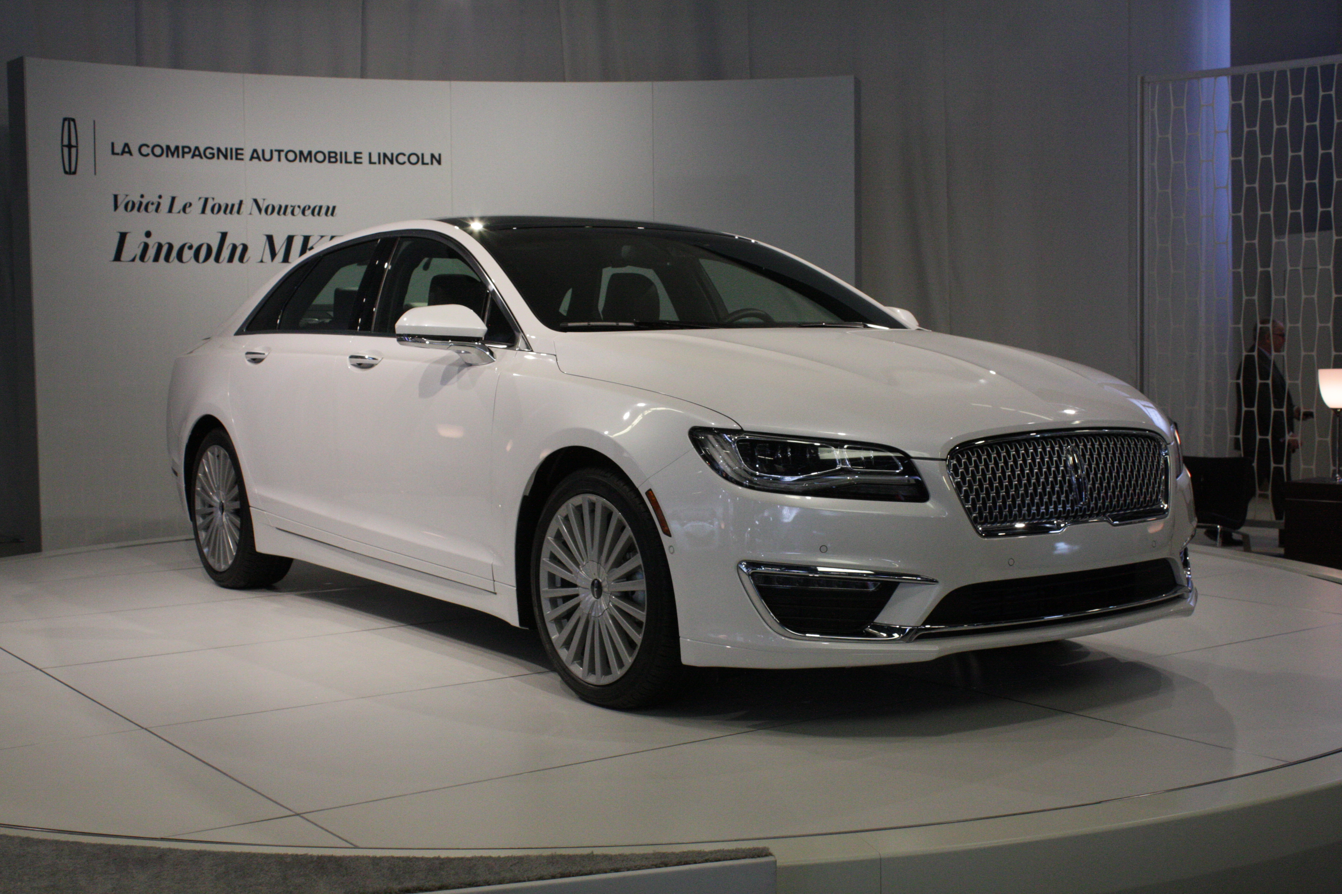 Lincoln presented the Canadian debut of its MKZ mid-size sedan, which wears new front-end styling that will eventually migrate to the rest of brand's line of cars and crossovers.