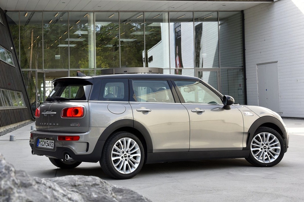 Mini, maker of some of the most entertaining small cars on the market, parks its all-new Clubman model in front of a Canadian auto show audience for the first time in Montreal...