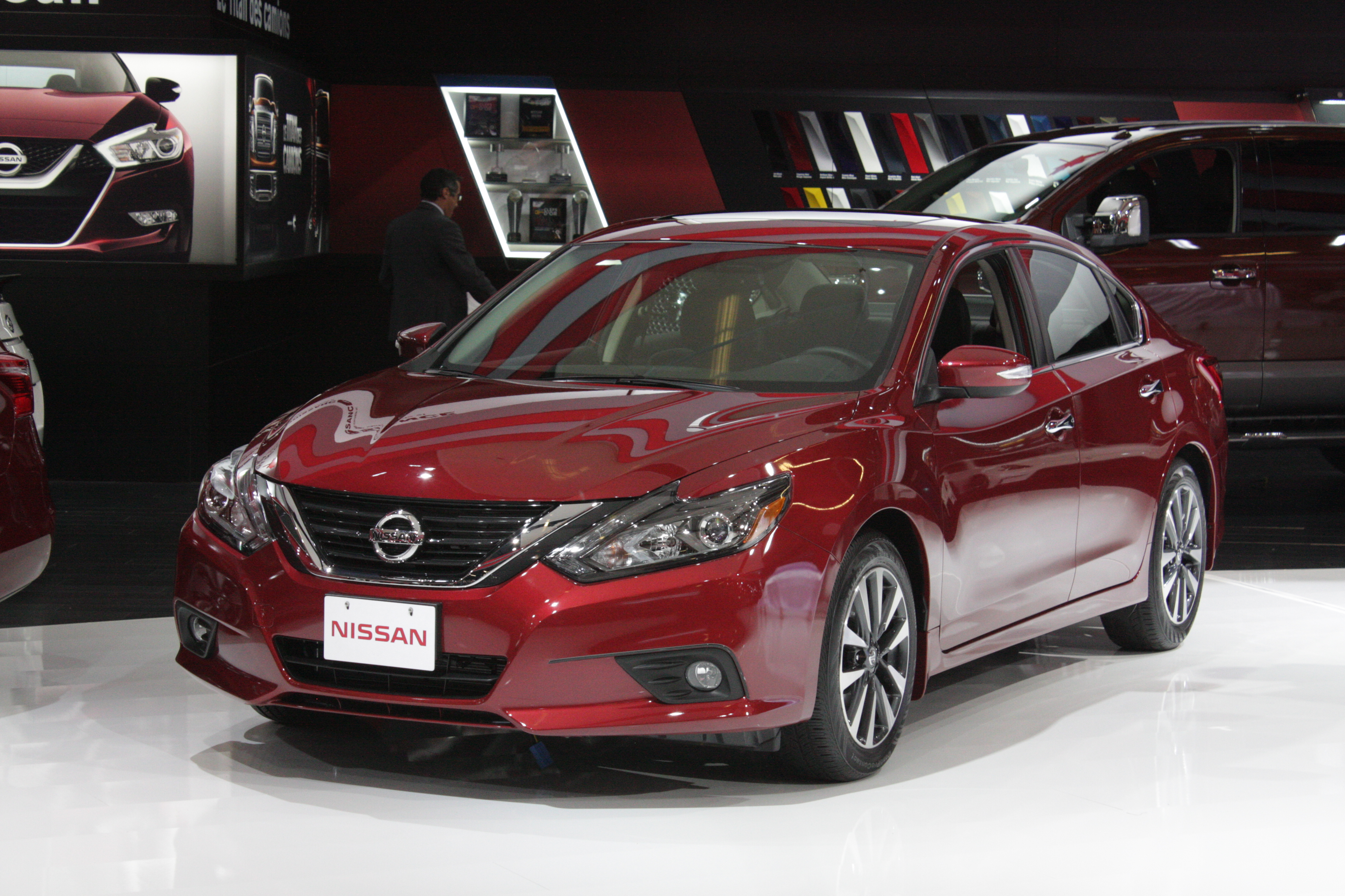 Nissan's mid-size Altima makes its Canadian debut in Montreal