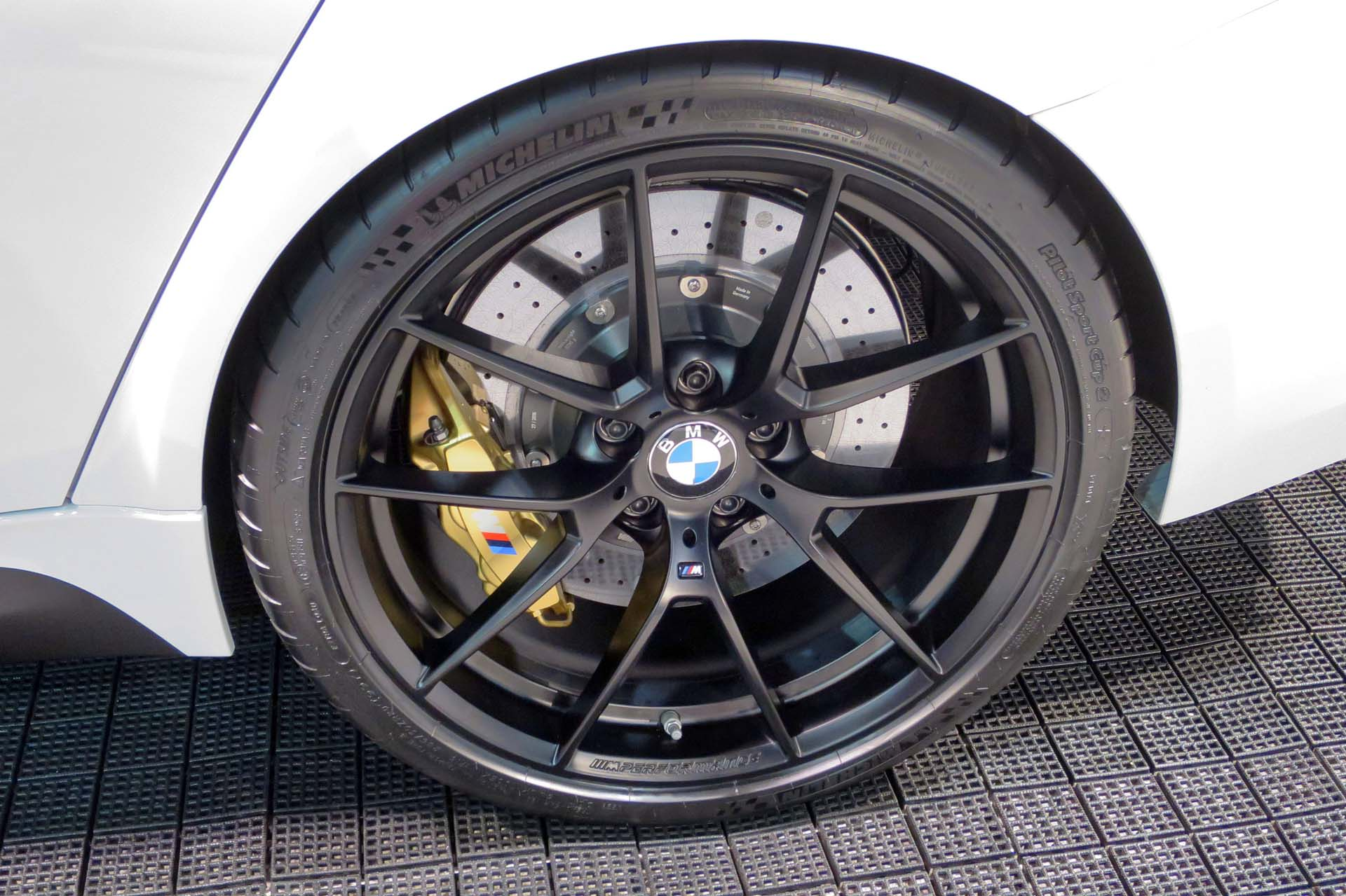 BMW offers new lightweight carbon fibre wheels for its M performance editions.