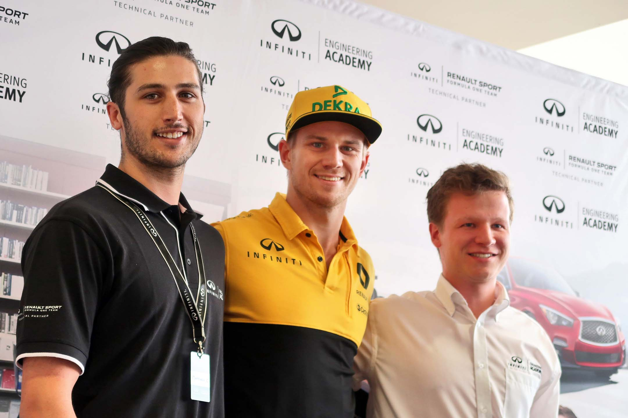 Matthew Crossan, the 2017 winner, and Felix Lamy, the 2016 champion, with Nico Hulkenberg.