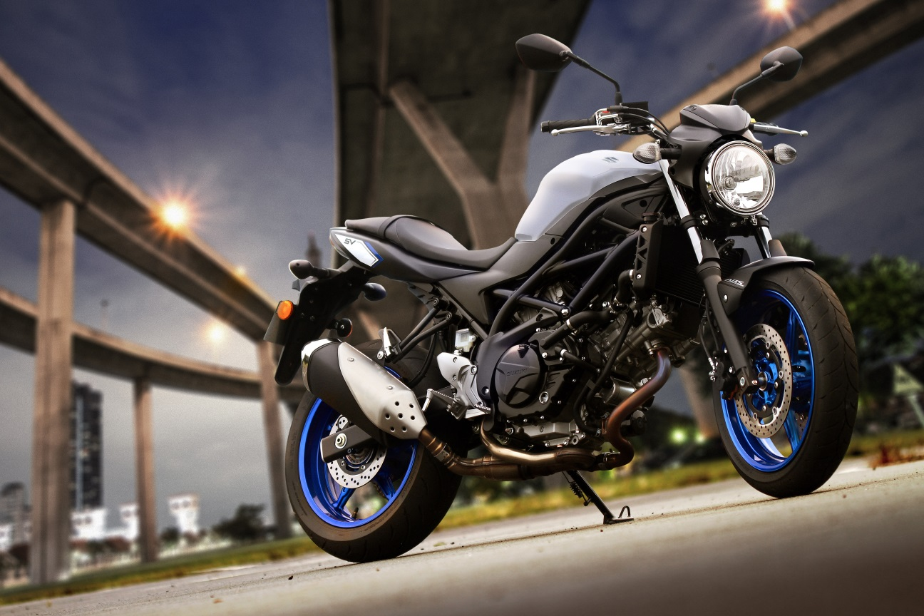 This one won't actually hit the ground until the middle of the season as a 2017 model, but Suzuki's ultra-versatile SV650 gets a significant upgrade. There are 140 changes, 60 in the 645cc v-twin engine alone according to Suzuki. New, Low RPM Assist tech prevents stalling when the clutch is engaged, helping new riders. Adored by first-time riders and track-day warriors alike for its low 785mm seat height, low-end torque and light chassis, the affordable SV650 is a jack of all trades.