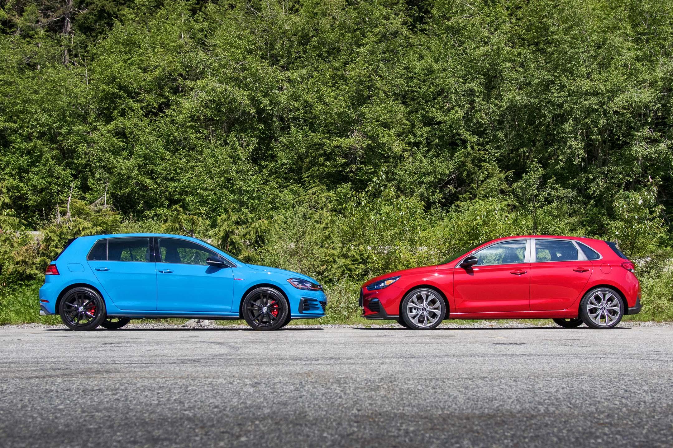 2019 Hyundai Elantra Gt N Line Vs 2019 Volkswagen Golf Gti Rabbit Head To Head Comparison Review