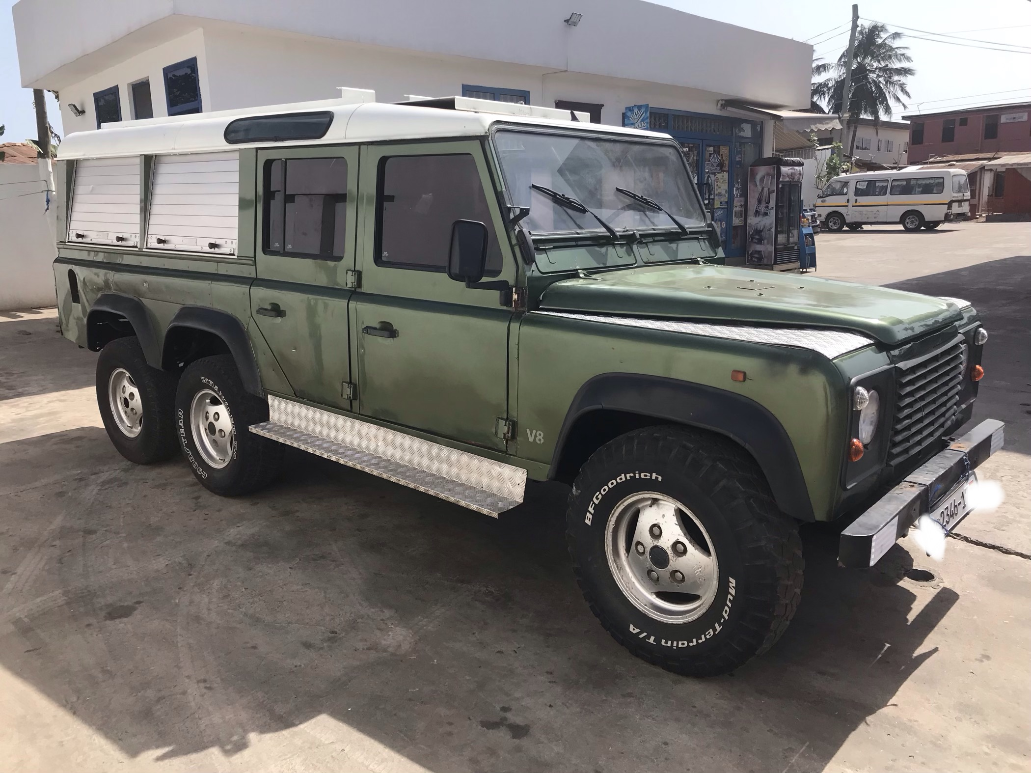 Find Of The Week 1997 Land Rover Defender 6x6 Autotrader Ca