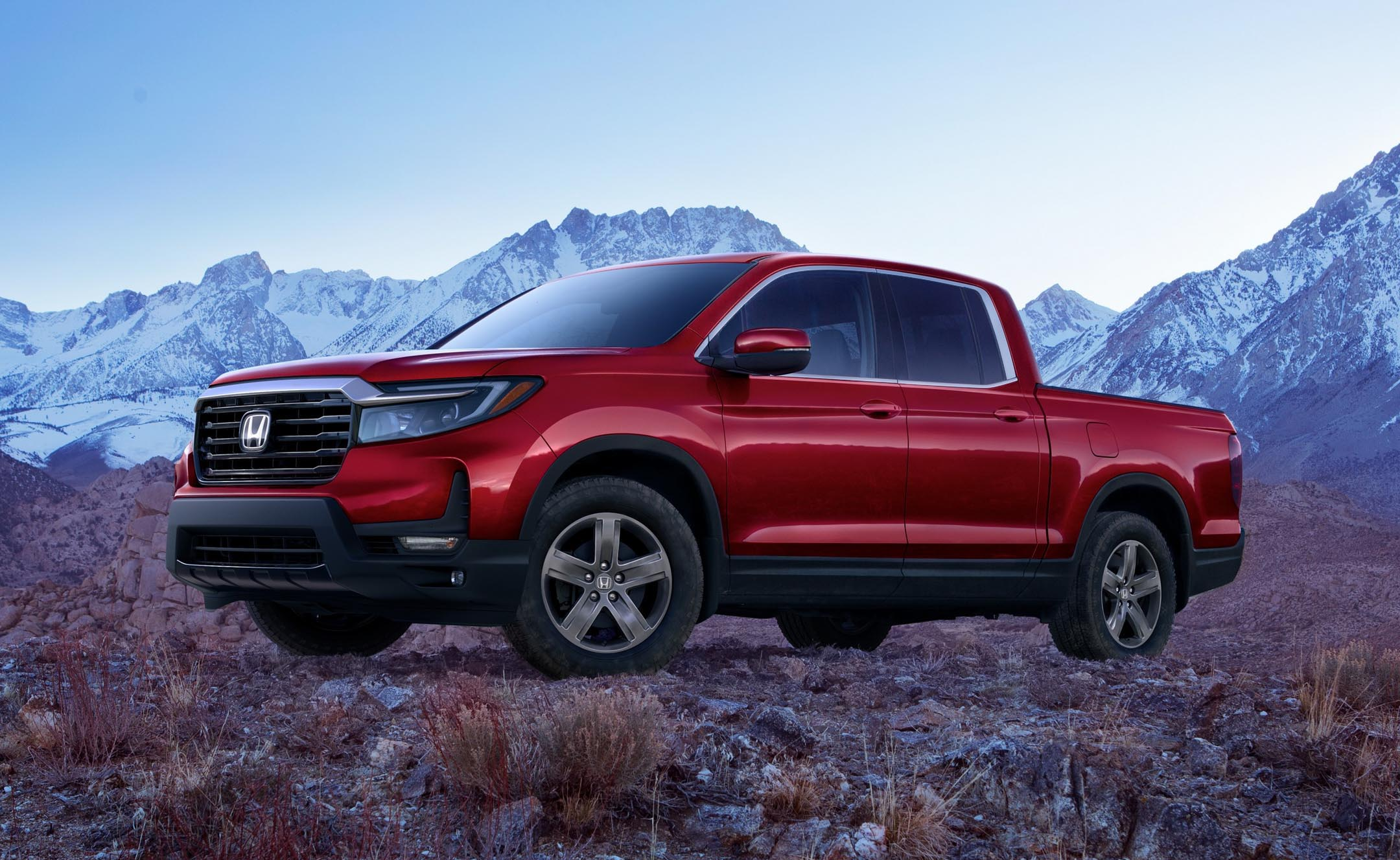 Pricing For Restyled 2021 Honda Ridgeline Announced Autotrader Ca