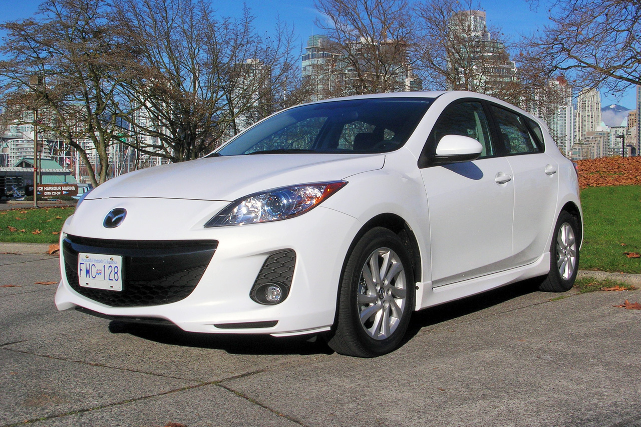Used Vehicle Reviews 2010 2013 Mazda3 Review Autotrader Ca